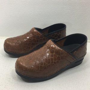 Shoes - Sanita Leather Clogs